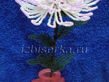 Хризантема из бисера